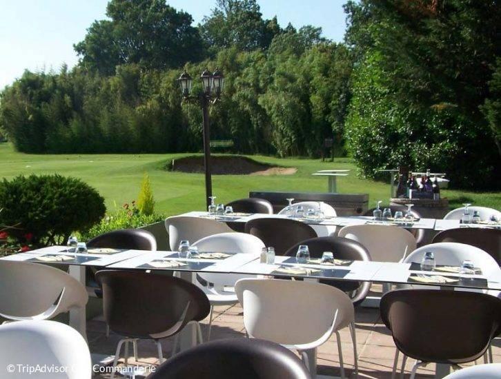 terrasse du golf La commanderie